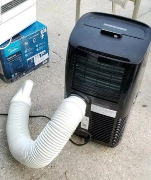 Air conditioner Portable 14000 btu DeLonghi for Sale in West Palm Beach, FL
