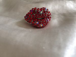 Lips ring for Sale in Pittsburgh, PA