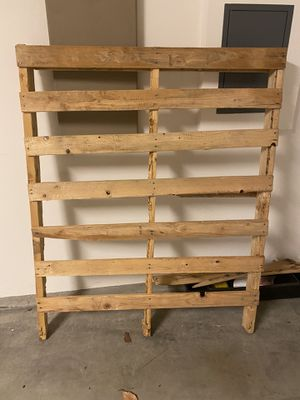 Wood Pallet - FREE for Sale in San Diego, CA