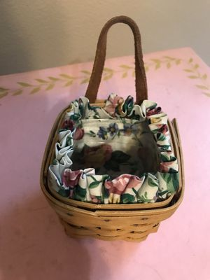 Handwoven collectible Longaberger oregano basket for Sale in Las Vegas, NV