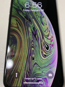 iPhone XS 64GB Factory Unlocked for Sale in Gresham,  OR