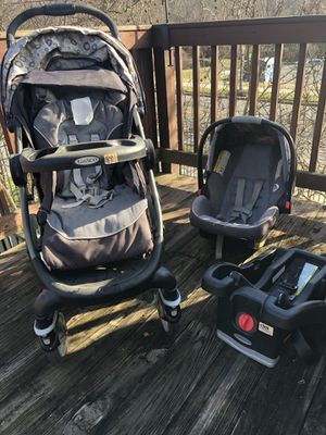 Graco Car Seat and Stroller Snug Ride Click Connect Travel System (PRICE NEGOTIABLE) for Sale in Washington, DC