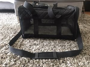 Dog Carrier- Sherpa for Sale in Los Angeles, CA
