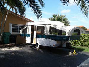 1997 pop up camper for Sale in Miami, FL