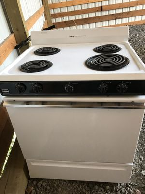 Magic Chef Stove for Sale in Prineville, OR
