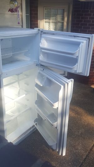 **Free refrigerator does not work** for Sale in Mineral Wells, MS
