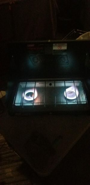 COLEMAN PROPANE STOVE ALL FOR $100 ( 15 PIECES) for Sale in Moreno Valley, CA