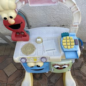 Elmos kitchen delivery for Sale in Glendale, CA