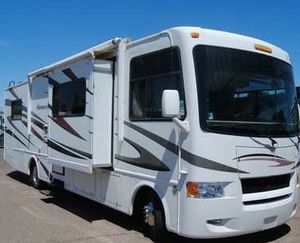 2011 Keystone Hurricane 31 Motorhome with 2 Slide outs for Sale in Mesa, AZ