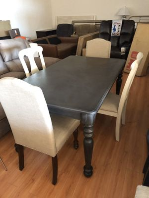 Brand New 5 Piece Dining Table Set for Sale in Virginia Beach, VA