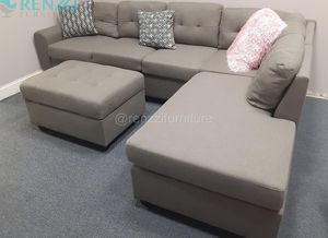 -<❈>- $599 Gray Sectional Sofa + Financing Available for Sale in Miami, FL