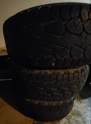 I have 3 wheels and tires jeep wheels 17inch for Sale in Rogers, AR