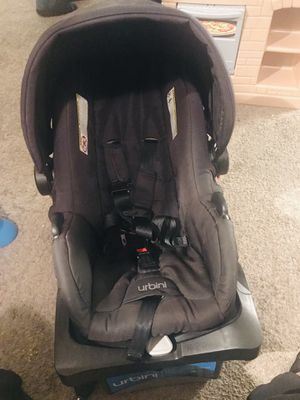 Urbini car seat with base (REDUCED) for Sale in Seattle, WA