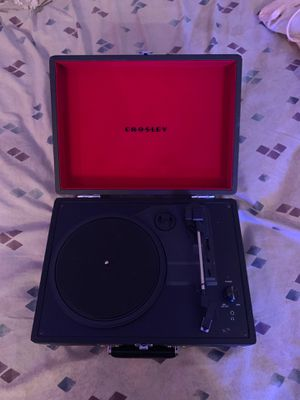 Crosley Turn Table beautiful condition -beats music studio for Sale in Oregon City, OR