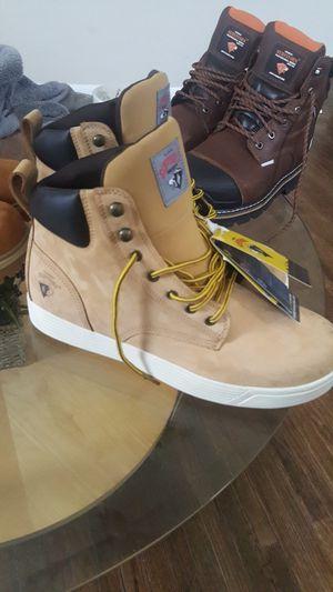 Work boots...hablo español for Sale in Aurora, IL
