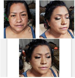 Peinado y maquillaje para cualquier Ocasión para precios favor de llamar solo personas interesadas for Sale in Campbell, CA