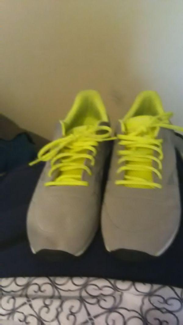 Men's Grey Reebok Size 11.5