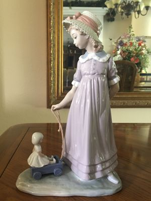 Lladro Figurines for Sale in Tustin, CA