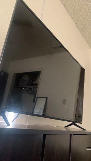 Tv VIZIO 48'in for Sale in Fresno, CA