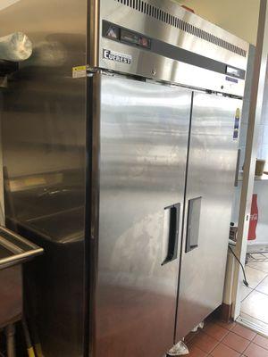 Everest Refrigerator/Freezer Commercial for Sale in Santa Monica, CA