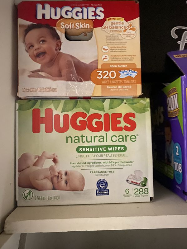 Brand new box Of Pampers N Baby Whipes