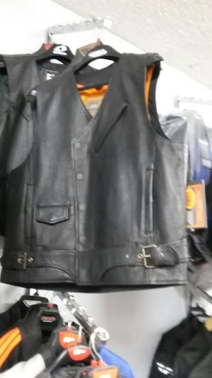 Motorcycle vest size extra large classic vest for Sale in Los Angeles, CA