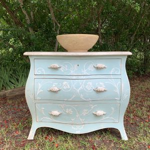 Vintage custom Bombay Chest Vanity Sink for Sale in Pflugerville, TX