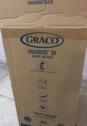 Grace new born car seat for Sale in Glendale, AZ