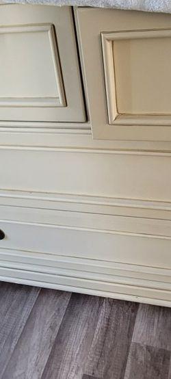 Dresser for Sale in Oregon City,  OR