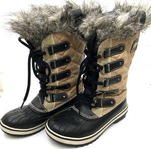 Sorel: women's 'Tofino' waterproof boots (6) for Sale in Portland, OR