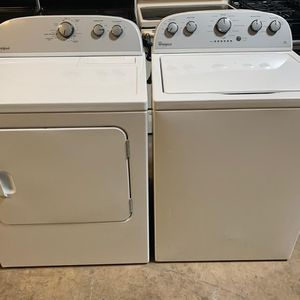 Whirlpool washer and dryer Set Exellent Condition Available For Pick Up Or Deliver for Sale in Elkridge, MD