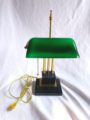 Vintage bankers desk lamp for Sale in Lynnwood, WA