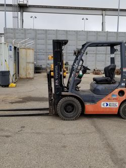 2013 Toyota Forklift Diésel for Sale in Sylmar,  CA