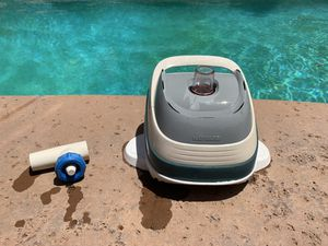 Hayward pool vac for Sale in Stockton, CA