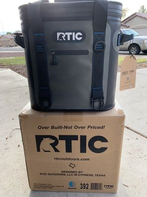 RTIC cooler for Sale in Surprise, AZ