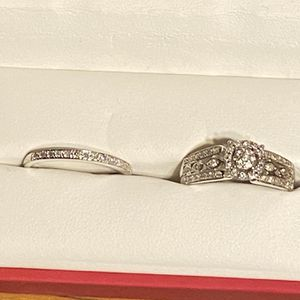Engagement Ring and Wedding Band for Sale in El Centro, CA