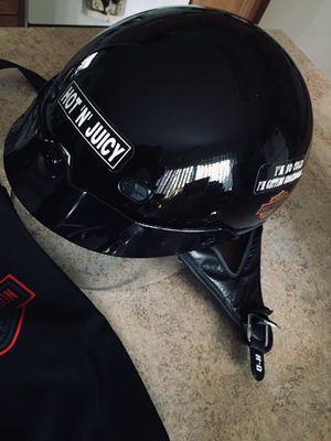 Ladies Harley Davidson medium helmet DOT certified w/cover for Sale in West Deptford, NJ