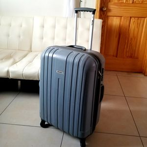 Luxury Suitcase Italy for Sale in Queens, NY