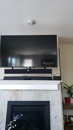 Klipsch Icon SB-1 with wireless sub + Samsung UN55KU6300 55in 4k for Sale in Thornton, CO