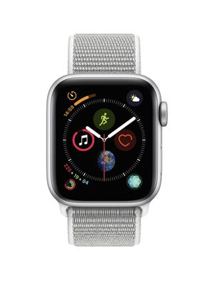 Apple Watch Series 4 GPS, 40mm Silver Aluminum Case with Seashell Sport Loop for Sale in Dixmoor, IL
