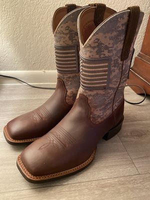 Practically new Ariat Boots for Sale in Glendale, AZ