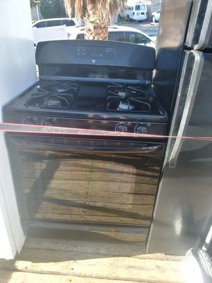 PERFECT CONDITION GAS STOVE for Sale in Las Vegas, NV