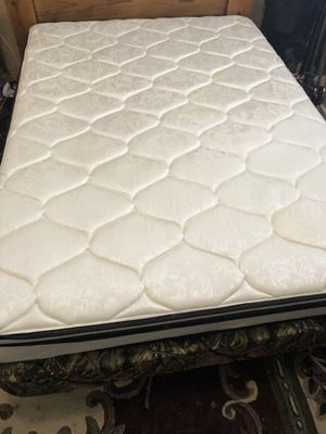 Full size inter spring mattress for Sale in Bastrop, LA
