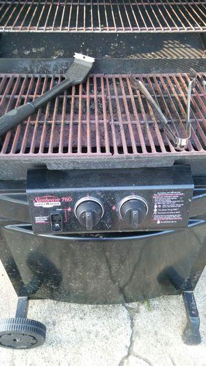 Sunbeam BBQ GRILL for Sale in Farmington Hills, MI