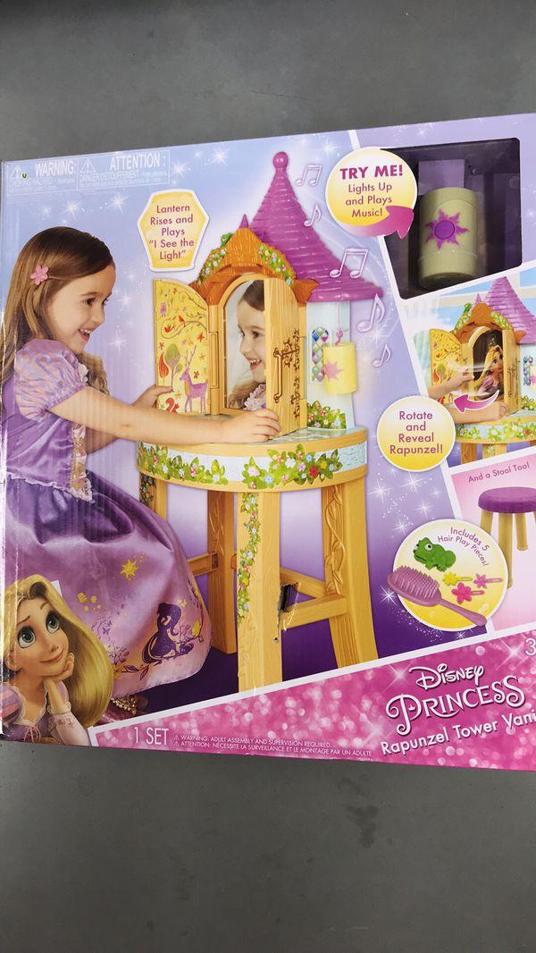 Disney Princess Rapunzel Tower Vanity & Stool - New