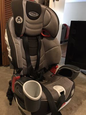 Graco Nautilus car seat and booster seat in one. Up to 100lb booster. for Sale in Seattle, WA