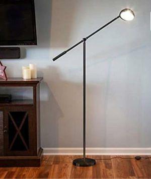 LED FLOOR LAMP for Sale in Pico Rivera, CA