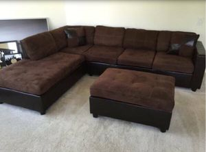 Sectional Sofa w/ Ottoman for Sale in Downers Grove, IL