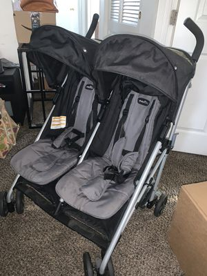 EvenFlo Double Stroller for Sale in Los Angeles, CA
