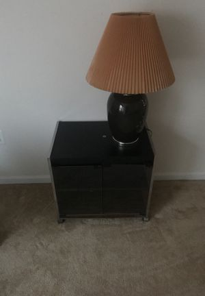 Tv stand with lamp for Sale in Brandywine, MD